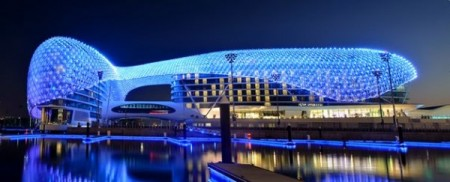 Самый большой светодиодный архитекторский проект в мире