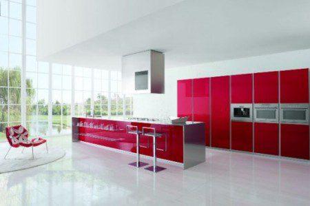 красный и белый цвет в дизайне кухни