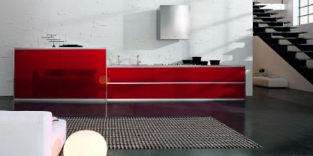 Contemporary-kitchen-in-red-and-white-with-aspirator-and-white-lamps