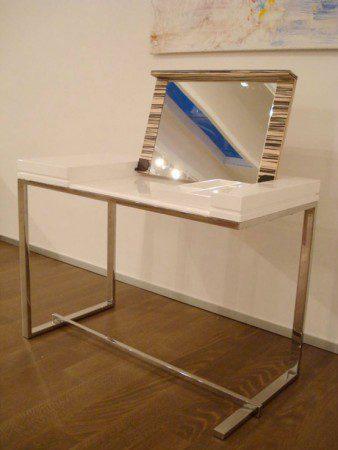 Современный белый туалетный столик от Sabinoaprile