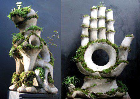 Бетонные скульптуры и удивительный мох от Роберта Кэннона