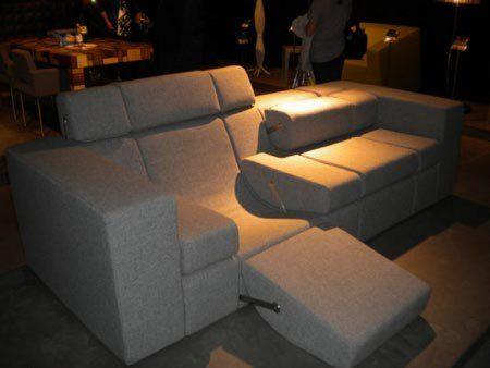 Бобо диван, Милан 2010
