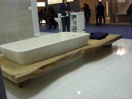 Деревянное обрамление ванны, Милан 2010