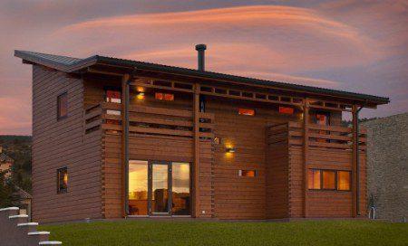 Деревянный дом в испанских горах по проекту Nordicasa Design & Construction