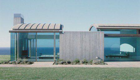 Дом с почти невидимой структурой и большим видом
