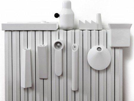 Элегантный керамический увлажнитель, который служит в качестве украшения радиатора