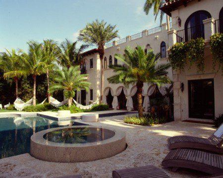 Вилла звезды в Майами