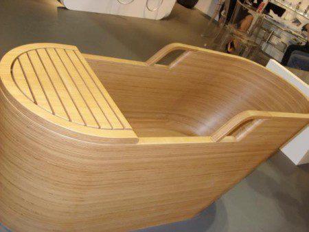 необычная деревянна ванна