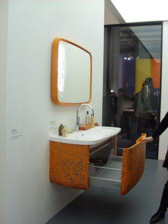 Оранжевая ванная комната, Милан 2010