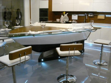 Потрясающие кухня с элементами лодки, Милан 2010
