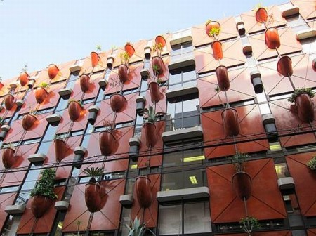необычная архитектура здания