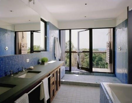дизайн интерьера ванной комнаты в резиденции