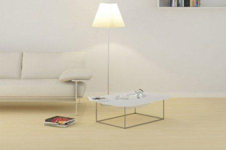 Кофейный столик с подносом и местом для хранения посуды