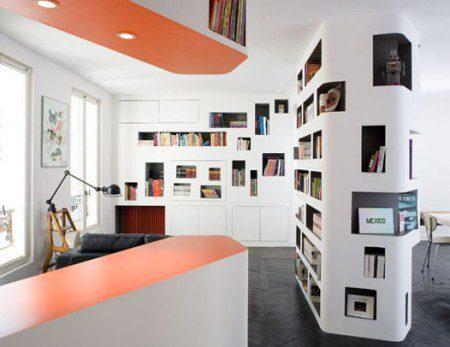 Современная квартира площадью 60 кв.м. с книжными шкафами