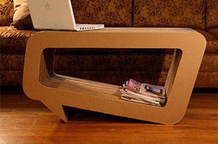 Столик из гофрированного картона