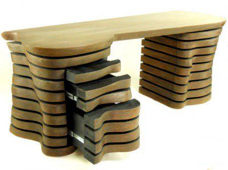 Уникальный дизайн стола от дизайнера Роберт Бру