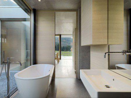 ванная комната в загородном доме фото