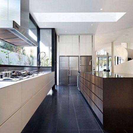 sovremennyj-i-glamurnyj-dizajn-doma-verdant-avenue-house-ot-roberta-millsa-5