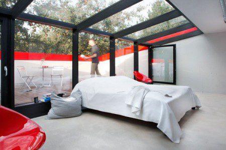 malenkij-dom-s-prostym-i-udobnym-dizajnom4
