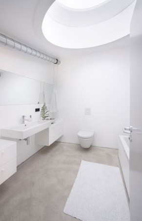 malenkij-dom-s-prostym-i-udobnym-dizajnom6