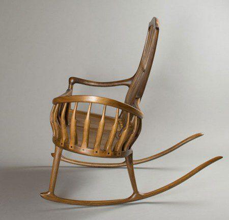 Необычный стул-качалка