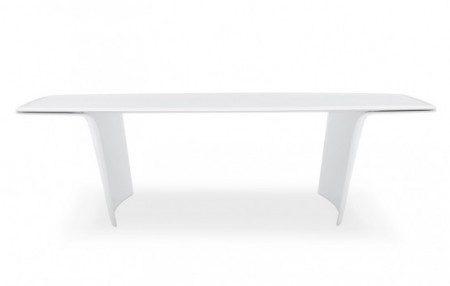 Необычный белый стол