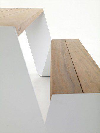 Необычный и стильный стол