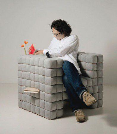 Шикарное серое кресло