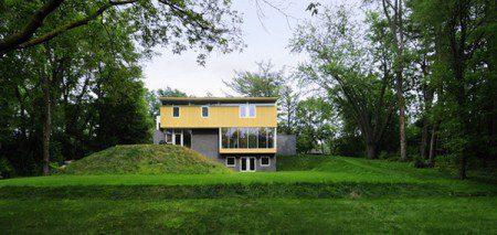 sovremennyj-dom-v-glubine-lesa2