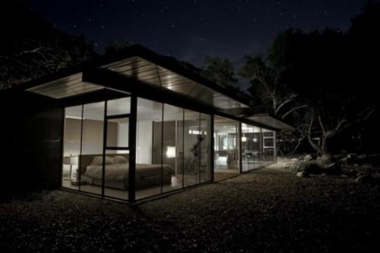 Минималистский дом с природой внутри