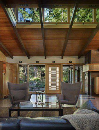 Стильный лесной домик