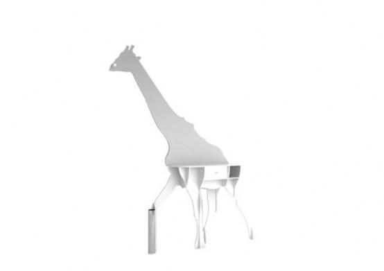 Оригинальный сервант в форме жирафа