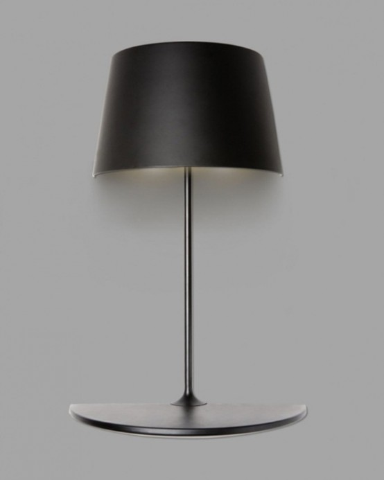 Лампа настенного крепления с мини-столиком 3
