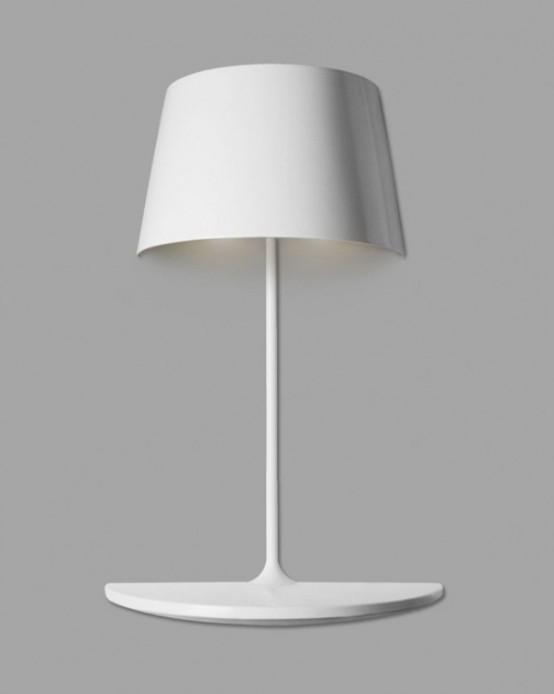 Лампа настенного крепления с мини-столиком 4
