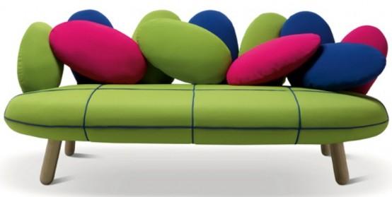 Симпатичный диван в ярких цветах 4