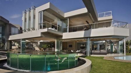 Стеклянный дом в Южной Африке 1