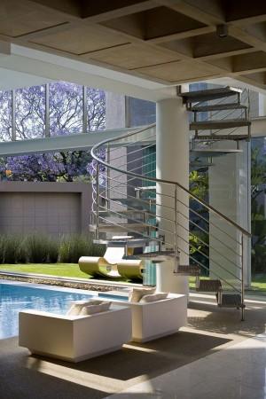 Стеклянный дом в Южной Африке 3