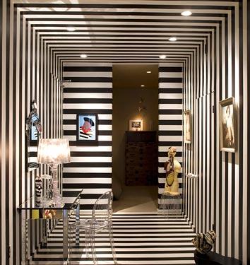 Дизайн коридора в черно-белом цвете 8