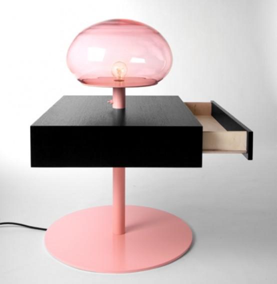 Функциональный столик с множеством комбинаций для различных нужд