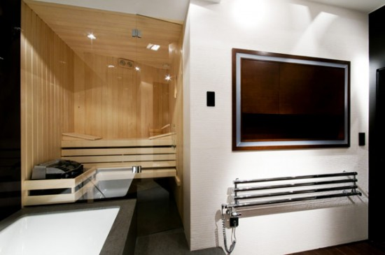 Просторные апартаменты: смесь материалов и текстур