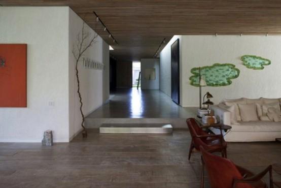 Светлый и просторный дом в Бразилии для любителей искусства