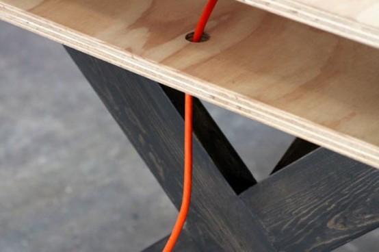 Идеальный стол для коворкинга
