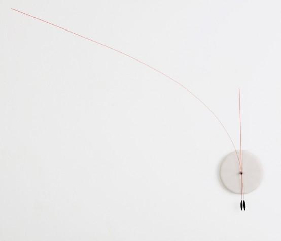 Оригинальные минималистские часы с гибкими стрелками