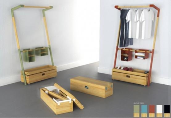 Компактный игровой стол и эргономичный гардероб