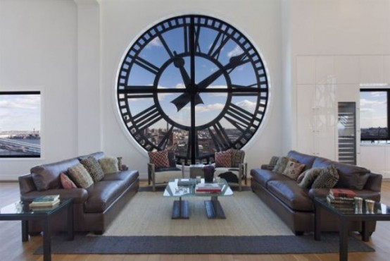 Часовая башня преобразовалась в шикарный пентхаус