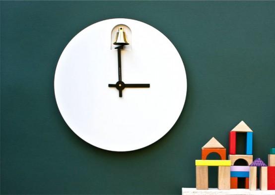 DINN: Минималистские часы с латунным колокольчиком