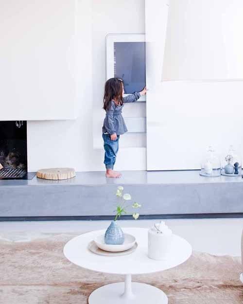 Как спрятать телевизор в интерьере: 29 способов