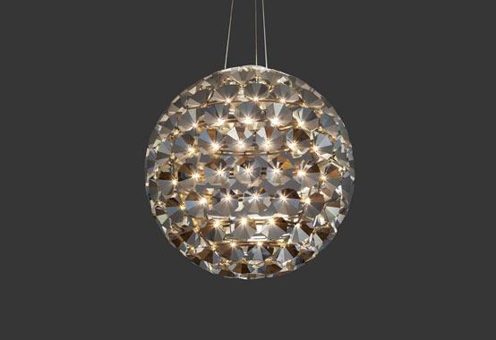 Elaine: подвесные светильники из 150 ламп