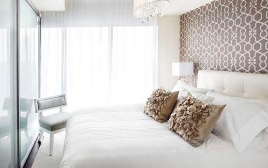выбор обоев для спальной комнаты