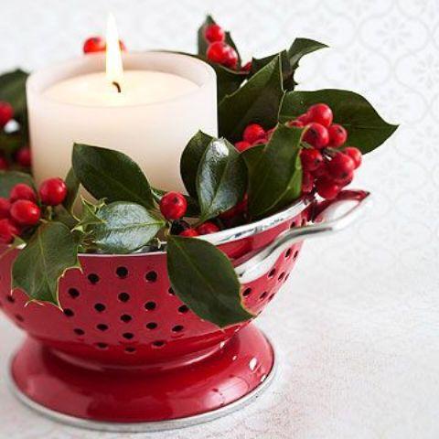 Красный и зеленый цвета в рождественском декоре: 25 фото